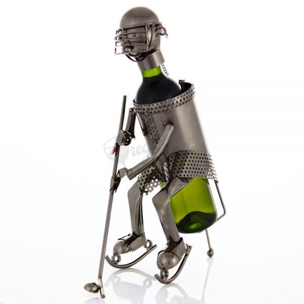 Kovový stojan na víno s motívom Hokejista, Promitor Vinorum | regioWine