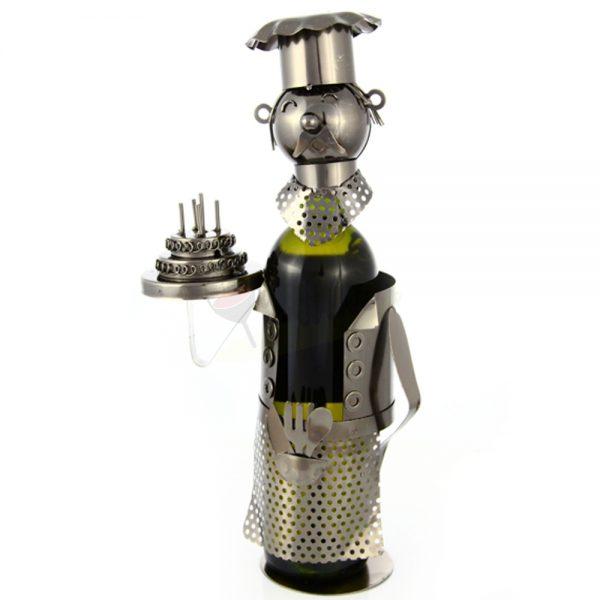 Kovový stojan na víno s motívom Kuchár s tortou, Promitor Vinorum | regioWine