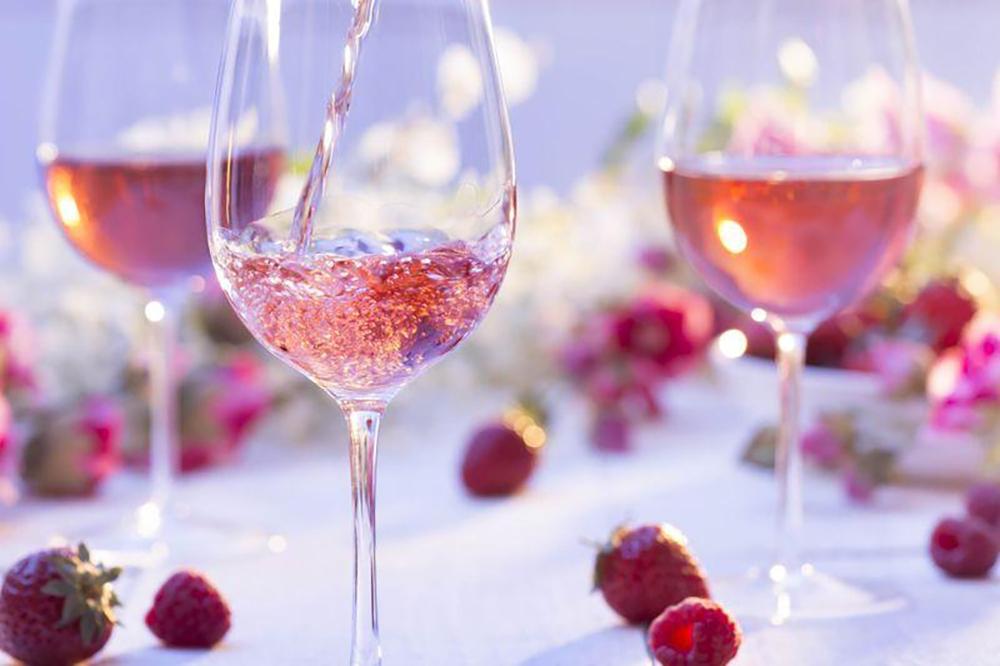 Ako je to s ružovým vínom v skutočnosti? | regioWine